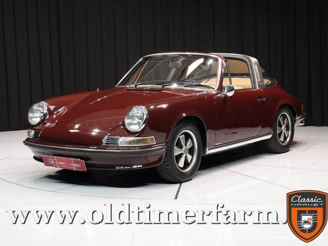 Porsche 911 2.2 T Targa Burgundy '71