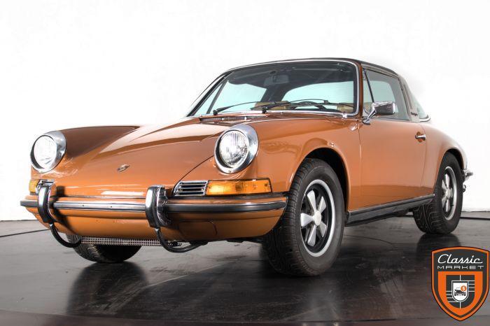 1972 PORSCHE 911T - 2.4 TARGA