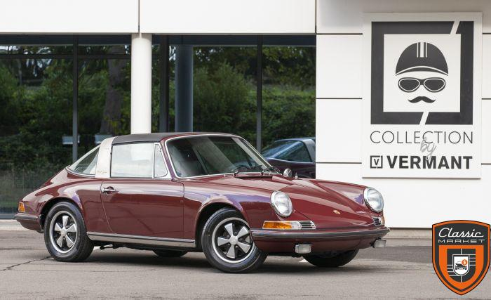 Porsche 911S Targa 1970 - Restored Condition - Books & Tools