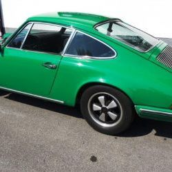 Porsche 911 2.2T - daily driver - US Import partially restored