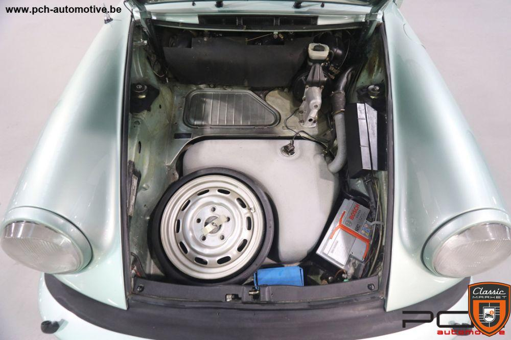 PORSCHE 911 Carrera 3.0 Coupé