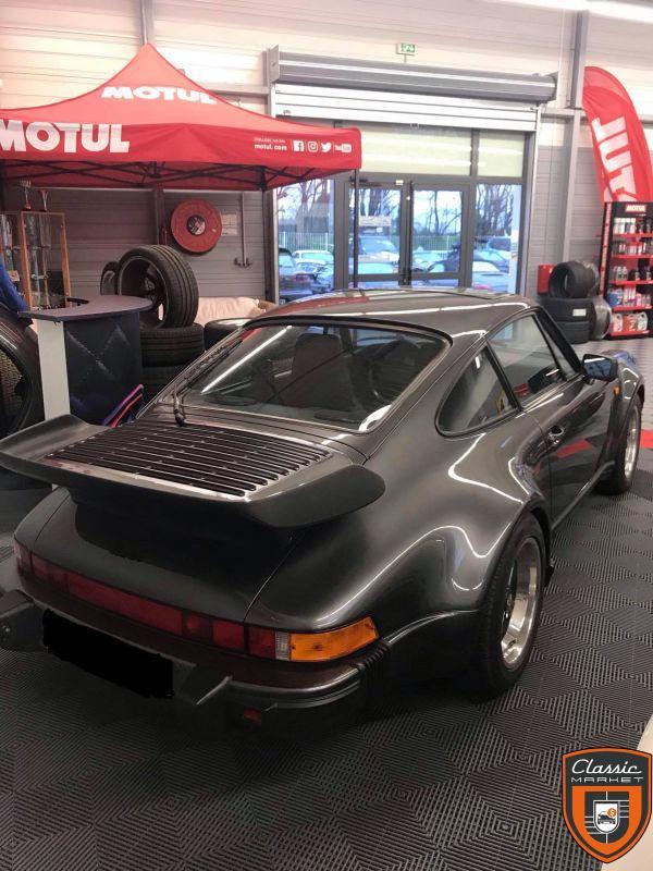 Porsche 911 type 930 turbo 3.3L