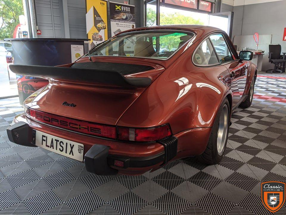 Porsche 911 type 930 turbo 3.0L