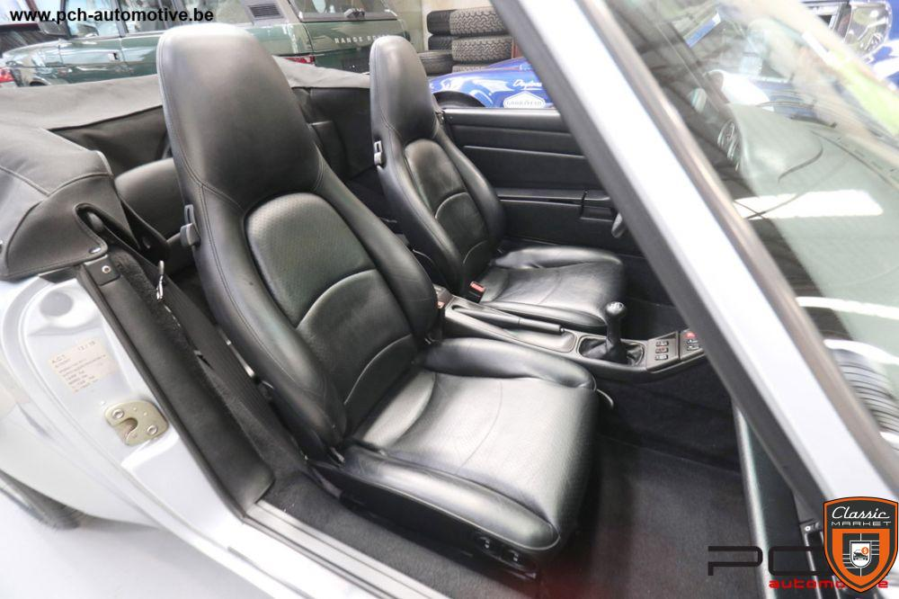 PORSCHE 993 Cabriolet Carrera 2 3.6i 272cv