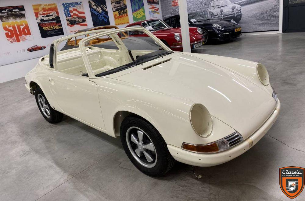 911 2.2S - 180ps - Fully Restored