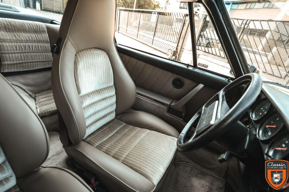 PORSCHE 911 CARRERA 3.2 TARGA - 1985
