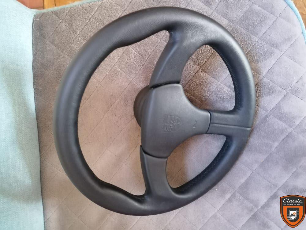 GT2 steering wheel